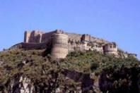 Unìimmagine del nostro Castello presa da San Papino, cioè dal lato Sud della Città